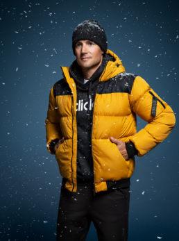 WInterjacket in snow